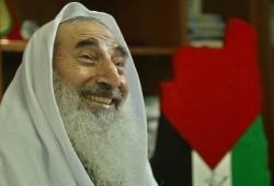 """13 عاماً مرت على اغتيال شيخ المقاومة """"أحمد ياسين"""""""