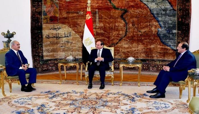 """""""الجزيرة"""" تكشف وثائق مسربة عن دعم نظام السيسي لحفتر"""