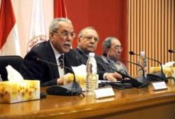 قانون الإنتخابات: سجن وغرامة للمزورين وعدم تعيين أعضاء اللجنة فى مناصب سياسية