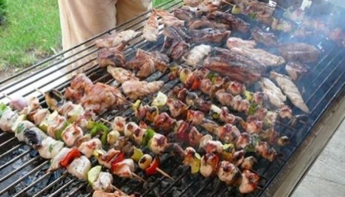 مشروبات تحسن عملية الهضم بعد وجبات العيد الدسمة