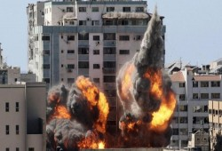 """""""هيومن رايتس"""": لا دليل على استخدام الفصائل للأبراج التي دمرتها إسرائيل"""
