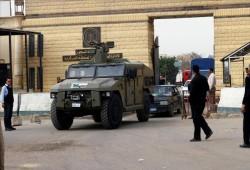 منظمة حقوقية: معتقلون يضرمون النار في زنازينهم احتجاجا على سوء الأوضاع بسجن العقرب