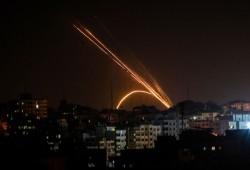 """إطلاق صاروخ من قطاع غزة باتجاه مستوطنة """"سديروت"""""""