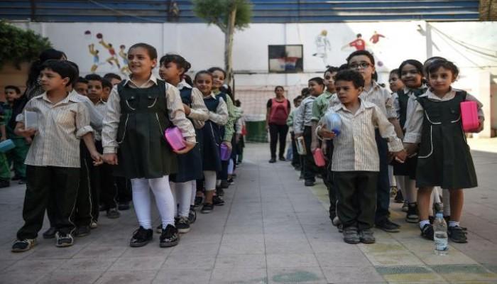 وزير تعليم الانقلاب يشترط سداد المصروفات كاملة لتسليم الكتب المدرسية