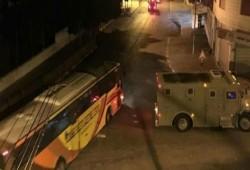 """إصابة جنديين """"إسرائيليين"""" خلال اشتباك مسلح بنابلس"""