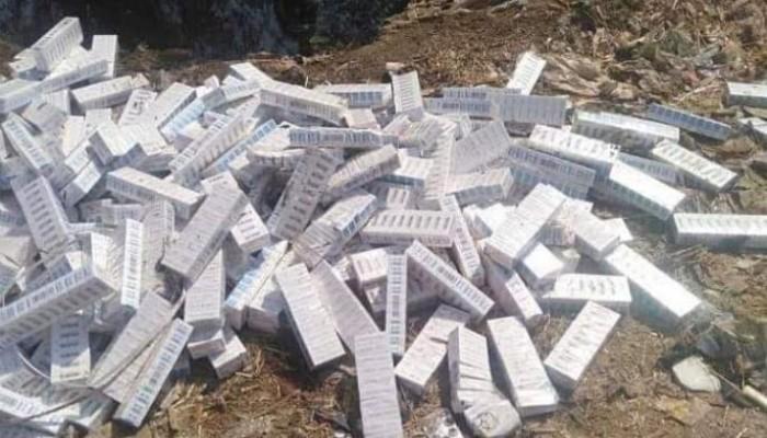"""لقاحات كورونا ملقاة في """"الزبالة"""".. وأعداد الإصابات والوفيات تتزايد"""
