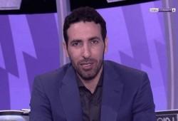 """أبو تريكة ينسحب من أستوديو """"بي إن سبورت"""" بسبب أزمة صحية لأحد الجماهير"""