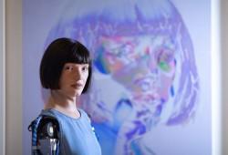 """سلطات الانقلاب تفرج عن الفنانة الروبوت """"إيدا"""" بعد احتجاز 10 أيام"""